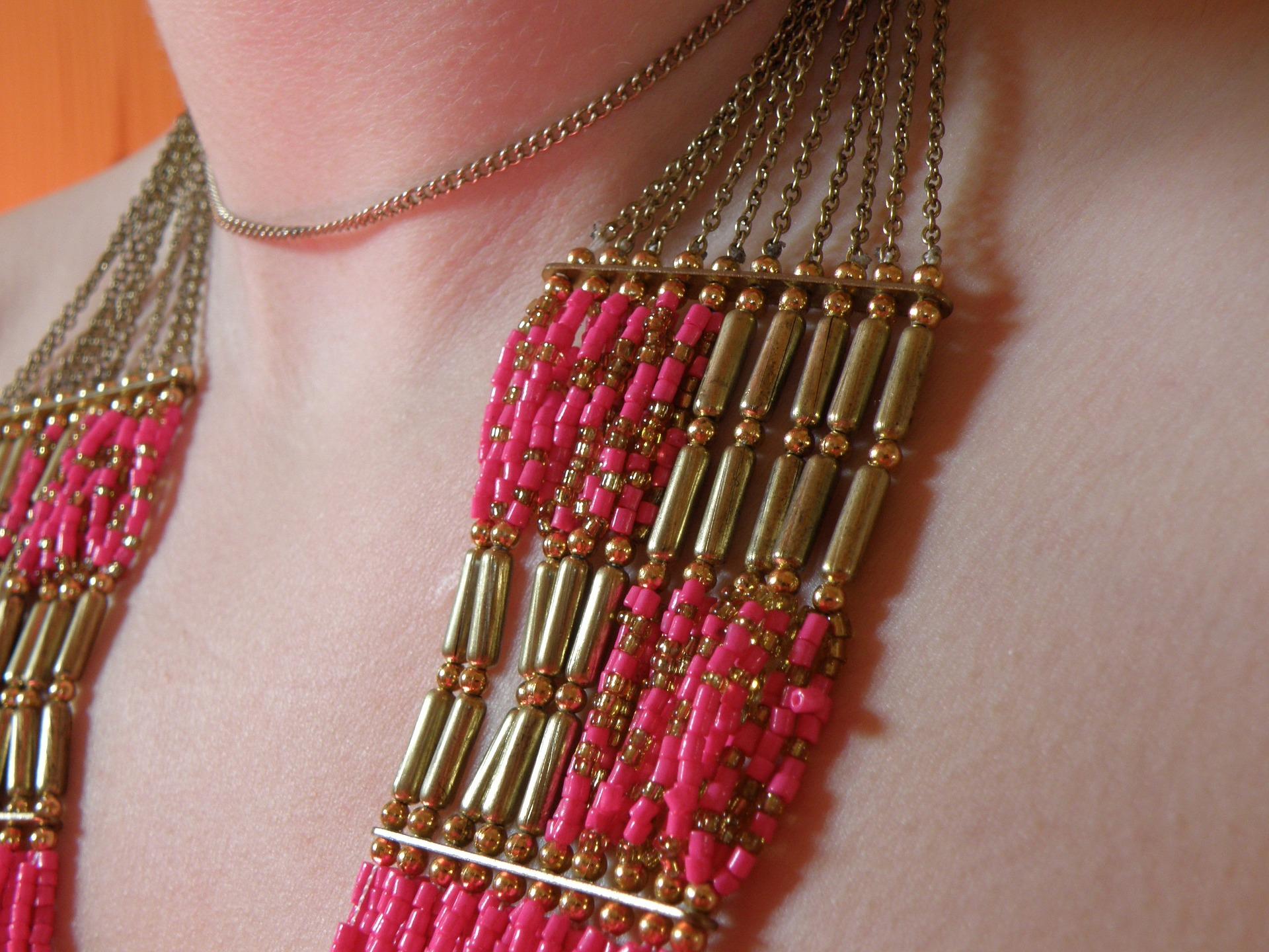 jewelry-745433_1920