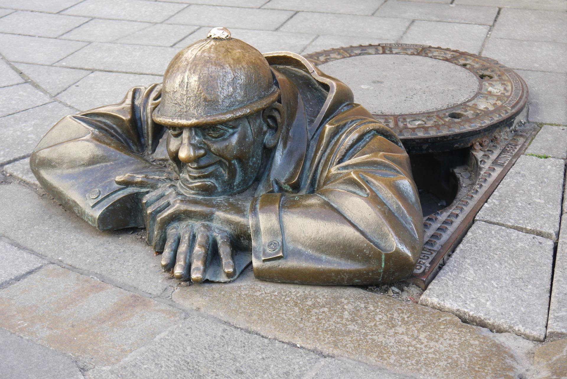 sculpture-1007990_1920