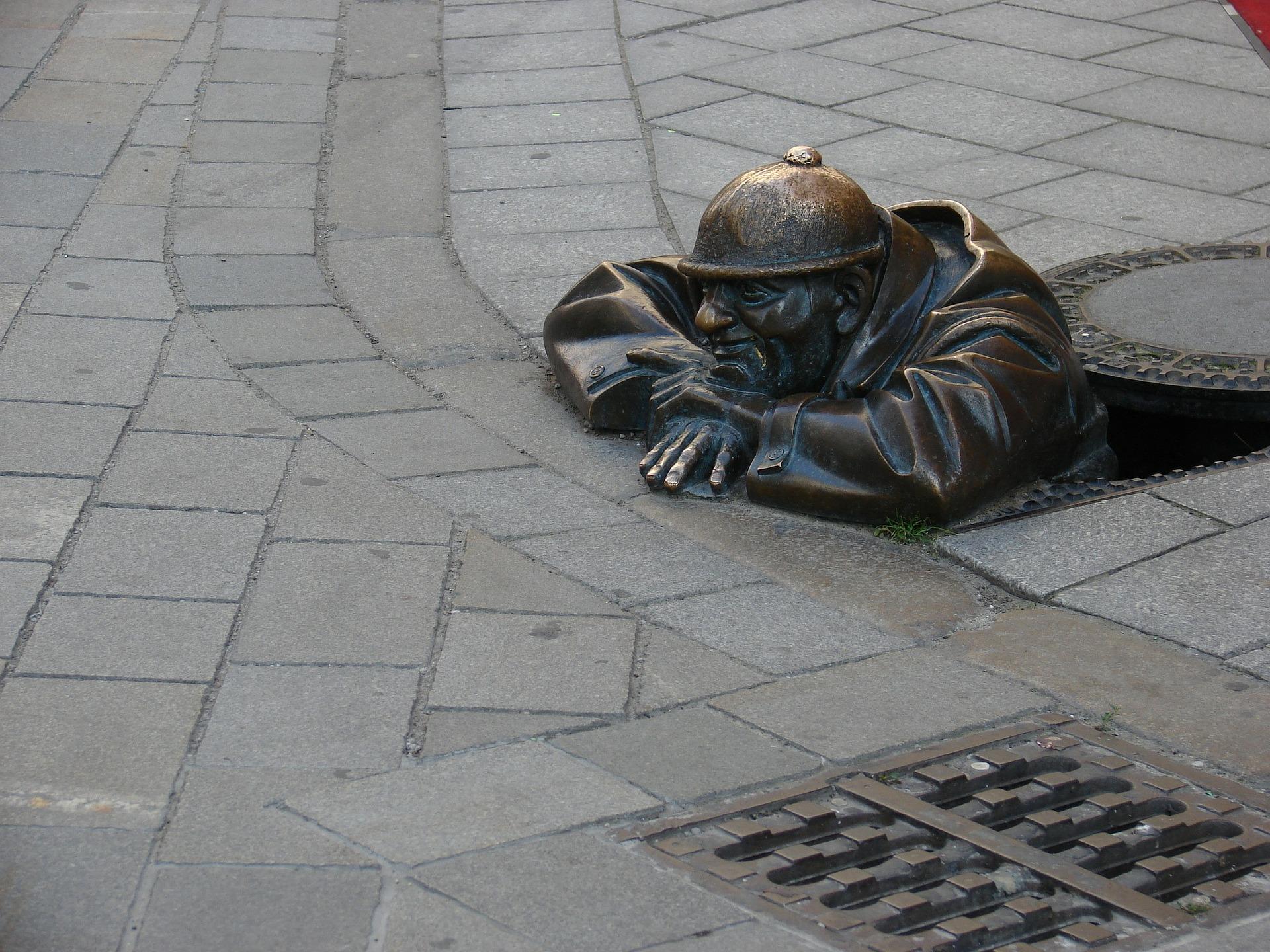 sculpture-83892_1920